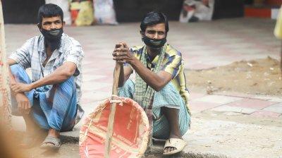করোনাকালে জীবীকা নিয়ে সংকটে শ্রমিকরা