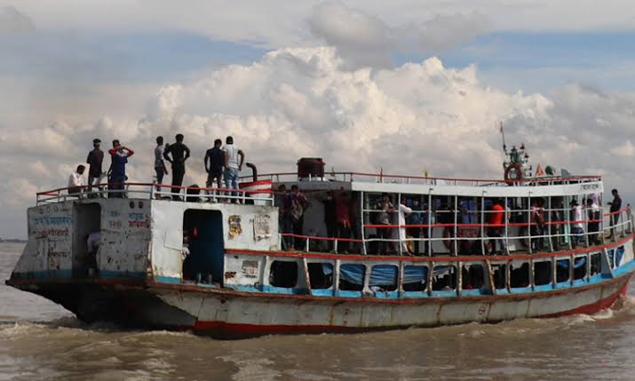শিমুলিয়া-বাংলাবাজার নৌরুটে লঞ্চ চলাচল বন্ধ