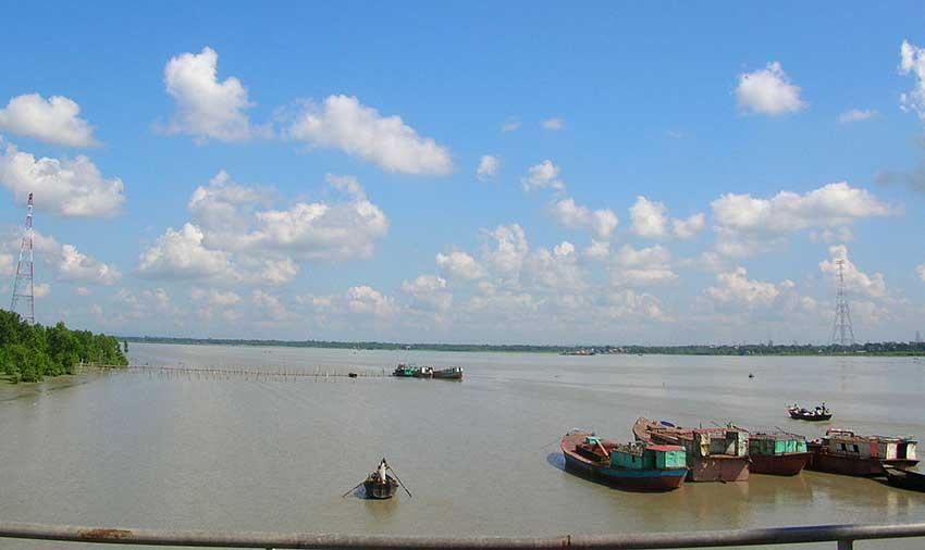 কর্ণফুলী নদী থেকে স্কুল ছাত্রসহ ২ জনের মরদেহ উদ্ধার