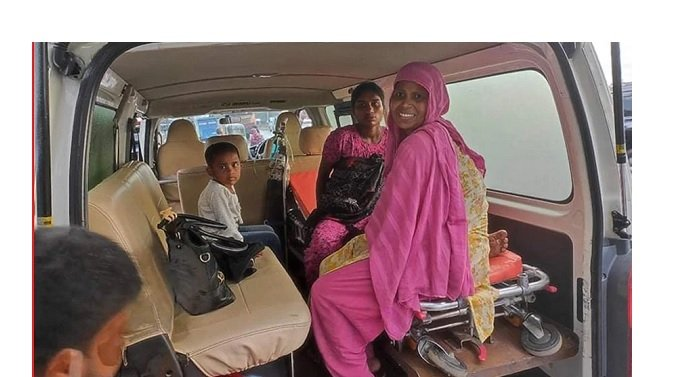 রাজধানীতে ট্রাফিক পুলিশ বক্সে সন্তান প্রসব পথচারী নারীর